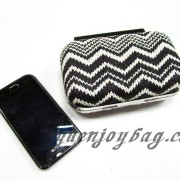 Fashion women black and white knitted pattern evening bag