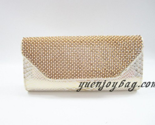 Luxury Gold pearl rhinestone diamond snake skin PU leather evening bags from China manufacturer