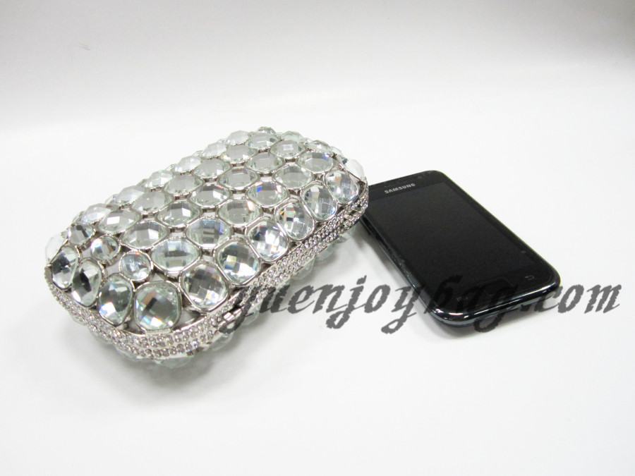 ... Wholesale Celebrities luxury crystal rhinestone evening metal box  clutch handbag from China supplier - contrast mobile ... b64e6b3f63e88
