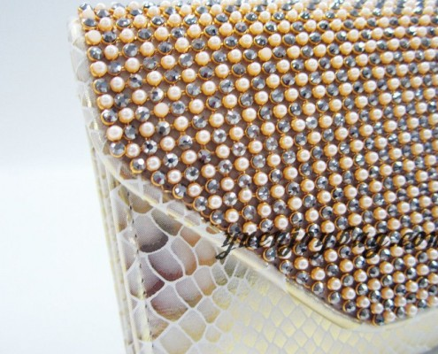Wholesale Gold pearl rhinestone diamond snake skin PU leather women's evening clutch handbags from China manufacturer - detail view