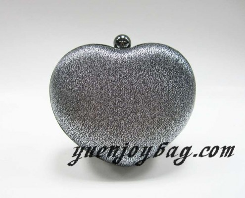 Heart shaped metal frame evening bag - back view