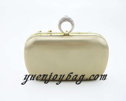 Women's Finger Rings Clasp Pearl Bead Rhinestone Bridal Wedding Clutch Bag - back view