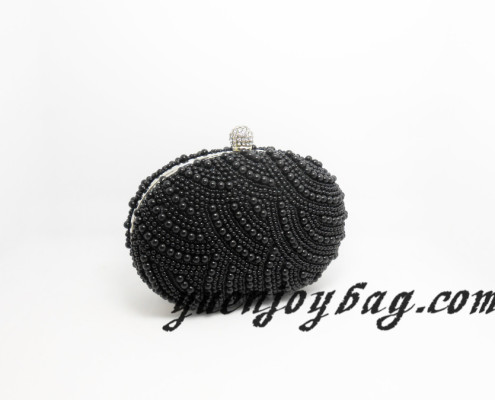 Women black bead oval metal frame evening bag with diamond clasp