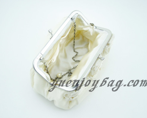 Women's Floral Decorated Satin and Organza kiss-lock metal frame Wedding Clutch Bag - lining view