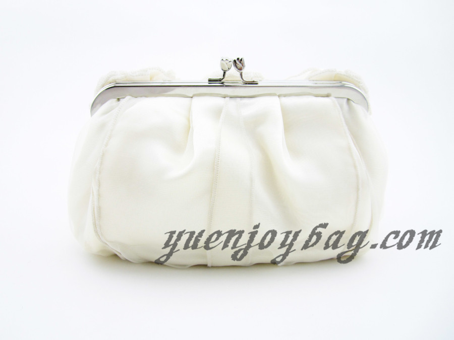 ... Women s Floral Decorated Soft Satin and Organza Evening Clutch Bag with  Bead Chain - back ... 166b13bc0199e